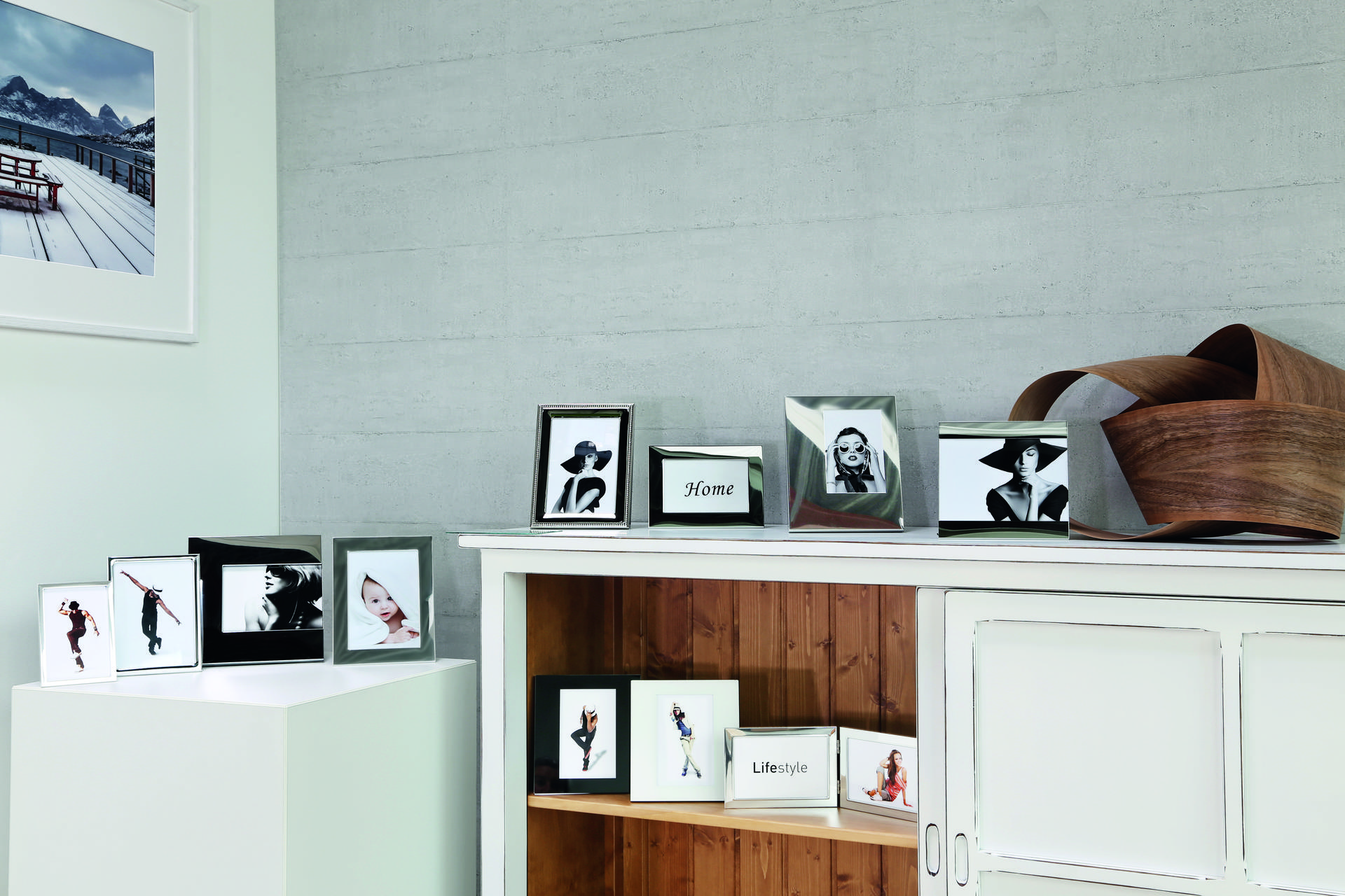 Photo Frames › Aluminium › Picture frames › Products › Nielsen